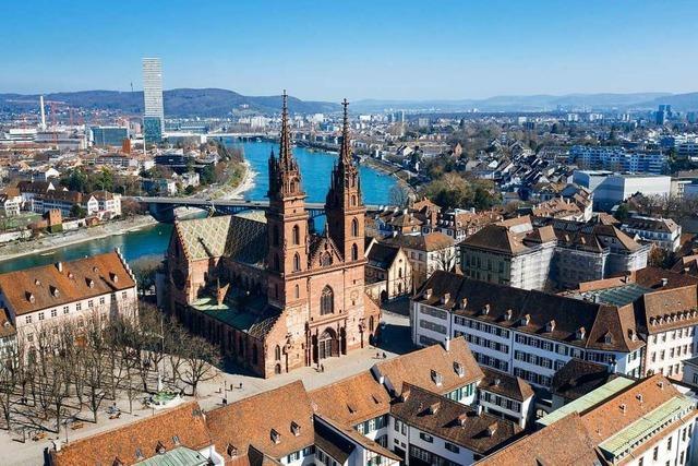 Münsternacht: Projektion, Wort und Klang lassen Geschichte lebendig werden