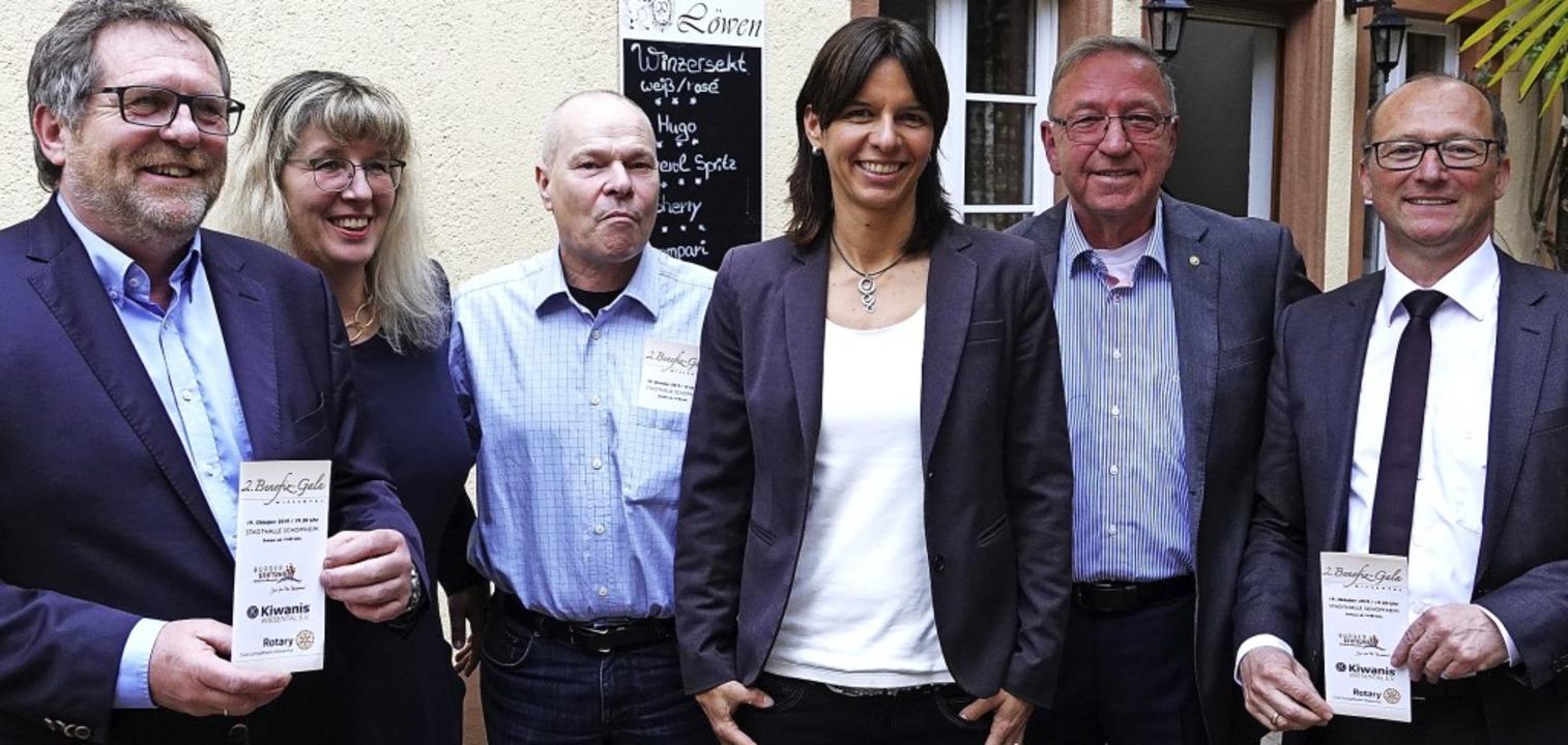 Freuen sich auf die zweite Benefiz-Gal...rether, Juergen Weyh und Georg Ückert.  | Foto: Hans-Jürgen Hege