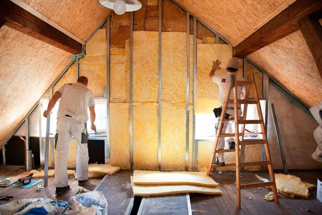 Das Dachgeschoss auszubauen,  wirft in... Projekte mit Vorlauf geplant werden.     Foto: Kai Remmers (dpa)