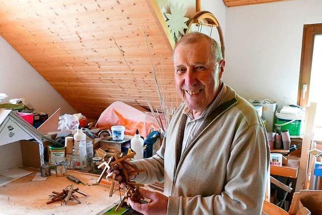 Anton Wehrle fertigt seit 20 Jahren Kreuze für die Kommunion