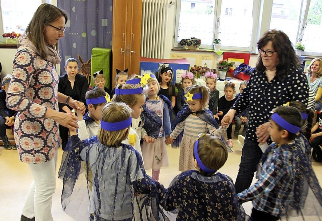 Aufführungen zum Thema Märchen gab's beim Frühlingsfest.     Foto: Schnabl