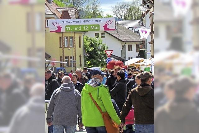 Schwarzwald-Heimat-Markt lockt Besucher nach Elzach