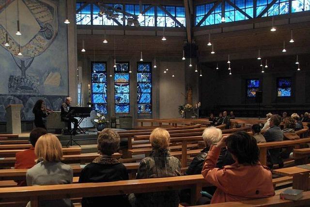 Einkehr zu nächtlicher Stunde in der Kirche St. Peter und Paul