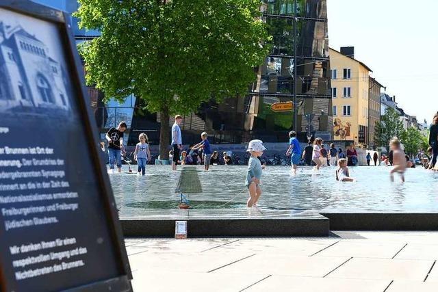 Am Platz der Alten Synagoge kann Freiburg es kaum allen recht machen