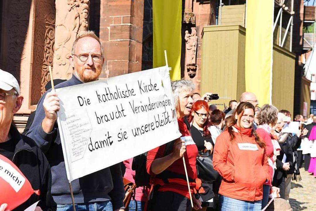 Auch viele Männer nahmen an der Demonstration teil.  | Foto: Rita Eggstein