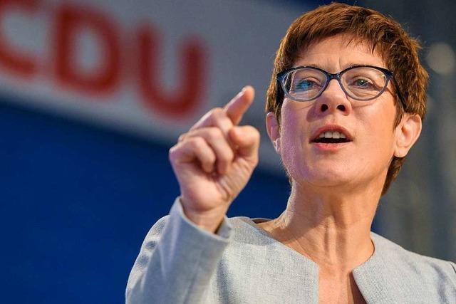 Kramp-Karrenbauer über die SPD:
