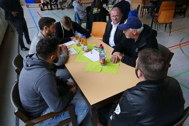 Jugendliche löchern Wehrer Politiker mit Fragen