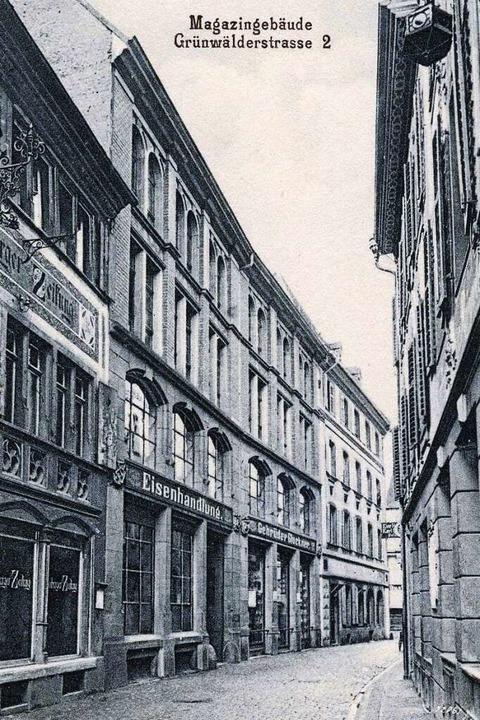 Das Magazin-Gebäude für die  Eisenware...ich heute der Eingang zur Markthalle.   | Foto: ArchivFoto: Manfred Gallo