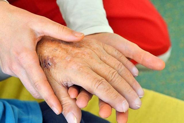 Wie eine ambulante Freiburger Hospizgruppe Sterbende begleitet