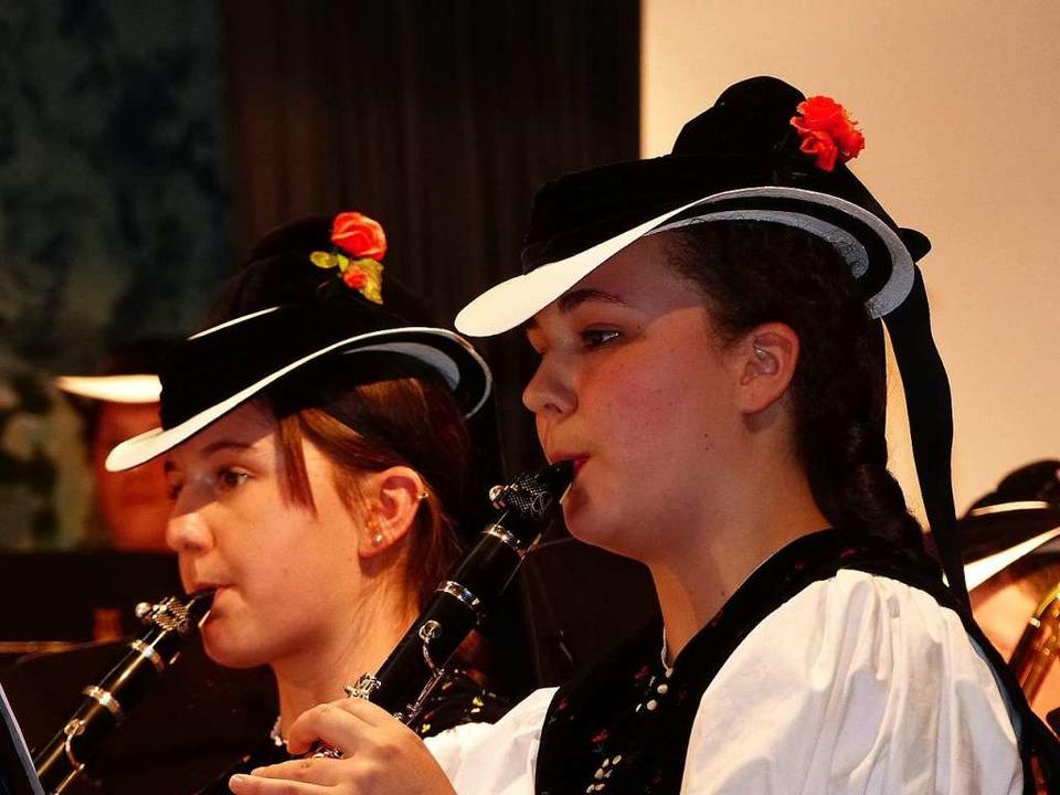 Mit großer Konzentration musizierten die Klarinettistinnen.   | Foto: Annette Preuss