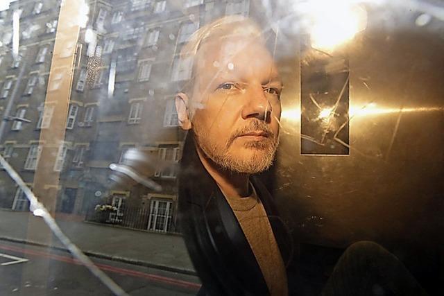 Schweden will Assange nun doch haben