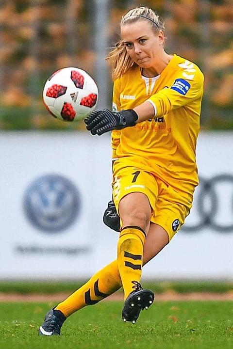Auch SC-Torhüterin Merle Frohms wird in Frankreich dabei sein.  | Foto: Patrick Seeger