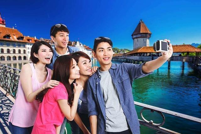 Reisegruppe mit 12.000 chinesischen Touristen besucht die Schweiz