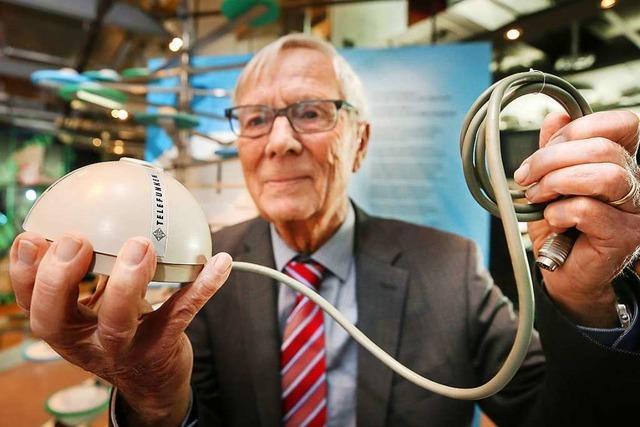 Erfinder vom Bodensee gibt Ur-PC-Maus ins Museum