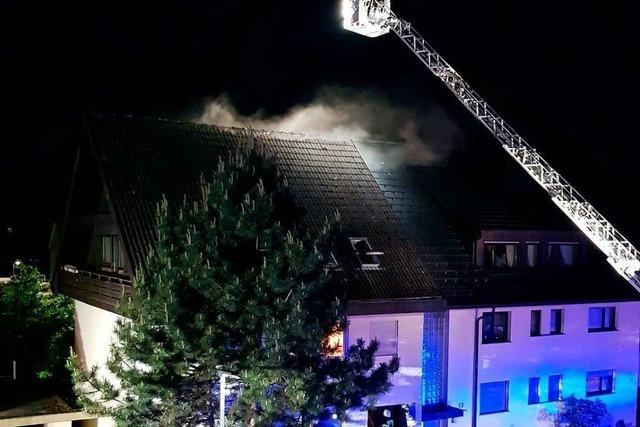 Nächtlicher Brand in Mehrfamilienhaus in Waldkirch-Buchholz