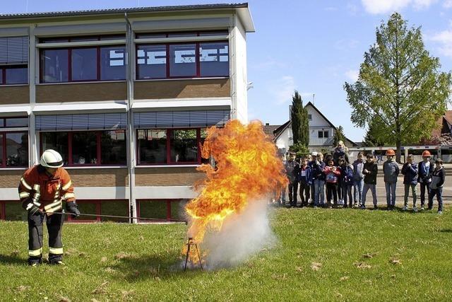 Lehrstunde der Feuerwehr