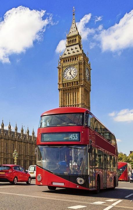 Mal eben nach London, Pisa oder Paris? In Europa  eine Selbstverständlichkeit   | Foto: Figurniy Sergey