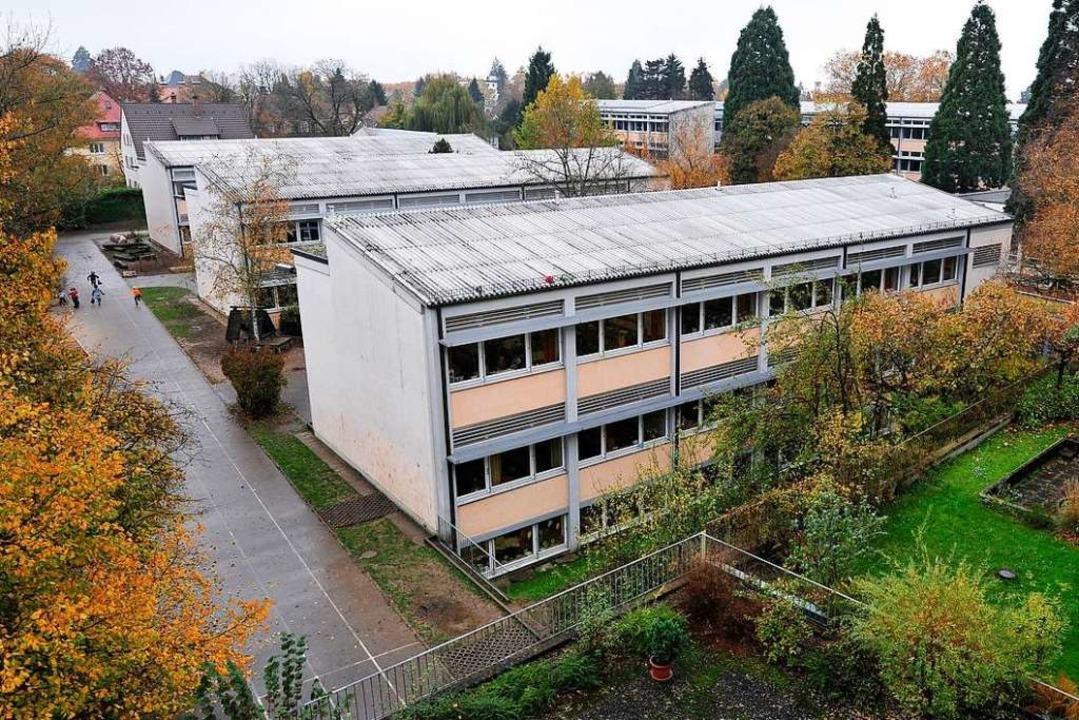 Die Weiherhofschule in Herdern: Bei de...tz verboten sind, gleich zu behandeln.  | Foto: Thomas Kunz