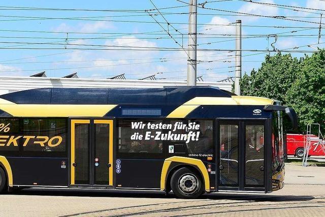 Durch Freiburg rollen bald zwei Elektrobusse