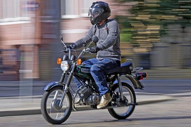 Schon mit 15 Moped fahren