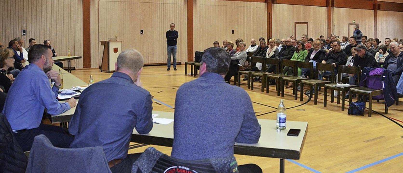Groß war das Interesse an der Kandidat...r Bewerber um ein Gemeinderatsmandat.   | Foto: Christiane Sahli