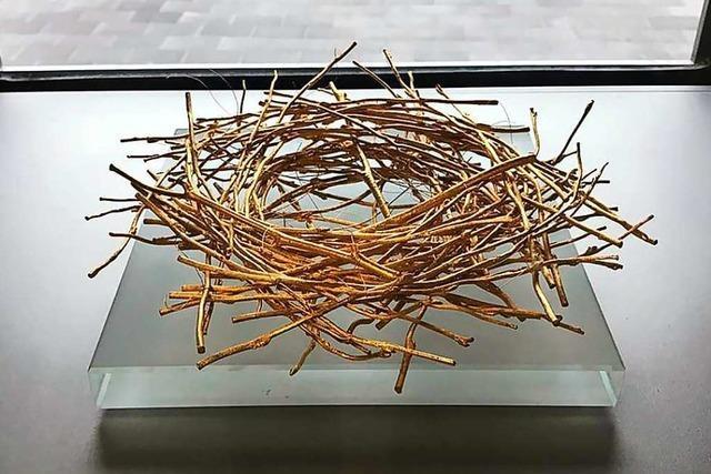Kunstnest aus Gold aus Berliner Schule gestohlen
