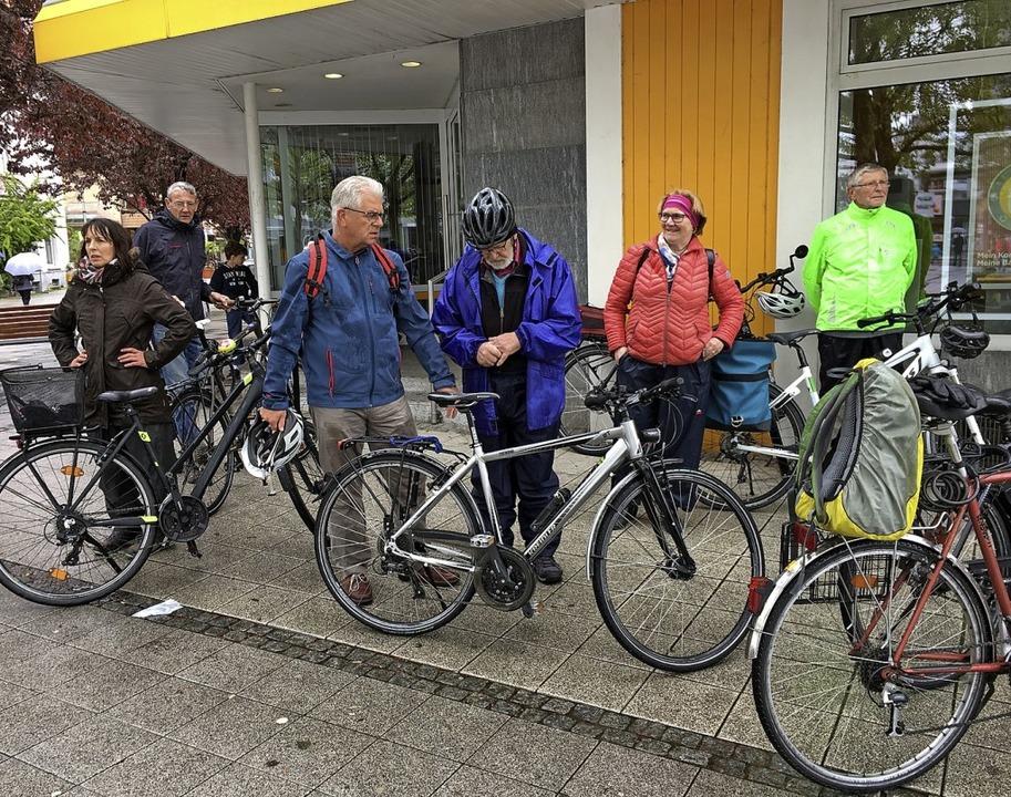 Mit kritischem Blick war die SPD mit G...rradtour durch Rheinfelden unterwegs.     Foto: SPD Ortsverein Rheinfelden