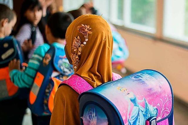 Parlament in Wien beschließt Kopftuchverbot in der Grundschule