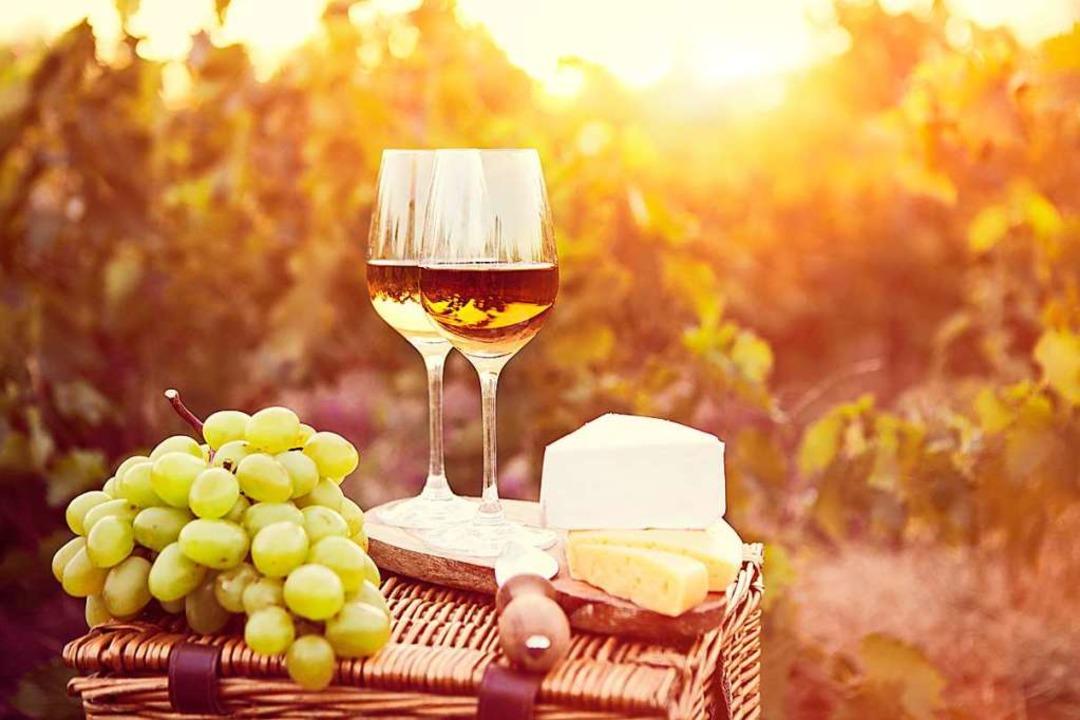 Wein genießen   | Foto: Dasha Petrenko (Stock.adobe.com)