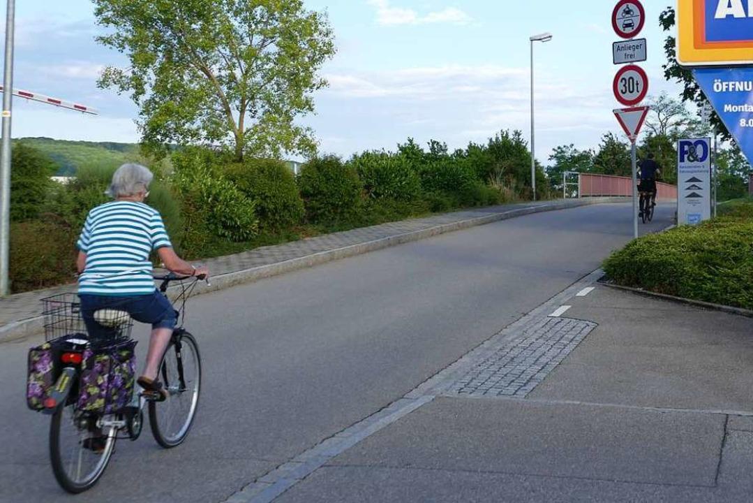 Käme der geplante Radschnellweg durch ...rer dürften dann nebeneinander fahren.  | Foto: Victoria Langelott
