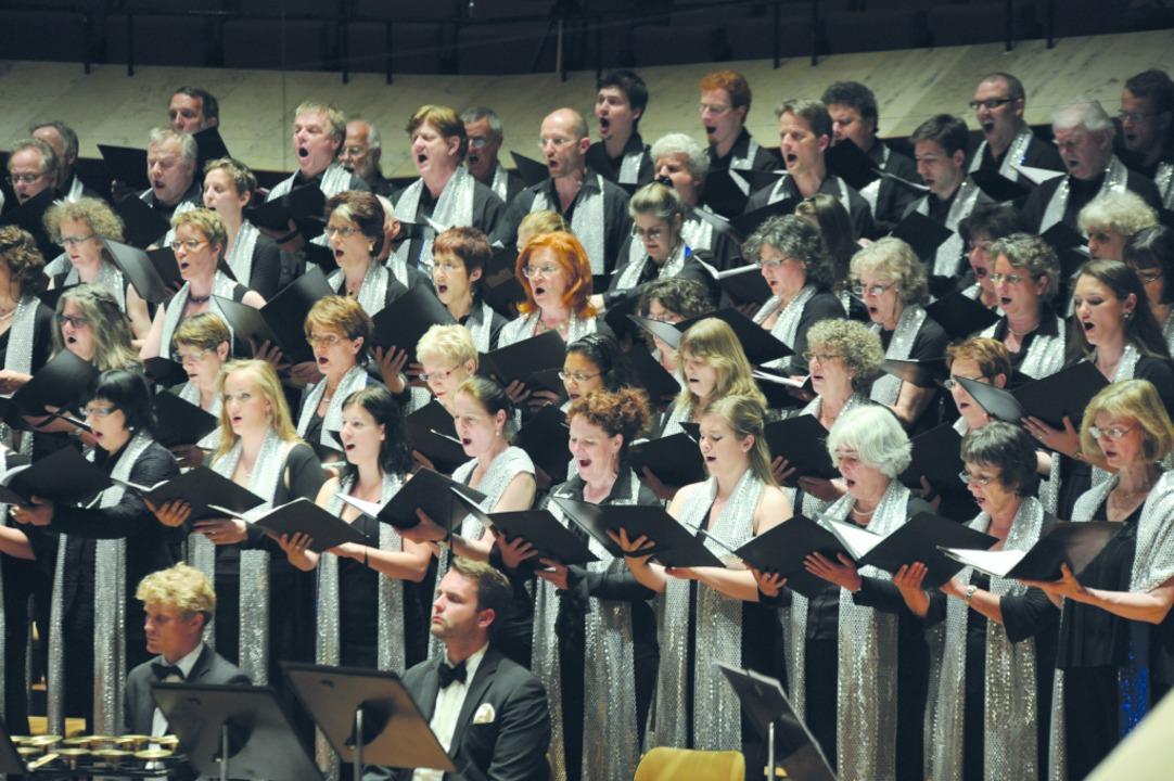 25 Jahre ORSO: Die Kulturinstitution m... mit einem rocksymphonischen Programm.  | Foto: Paddy Pat