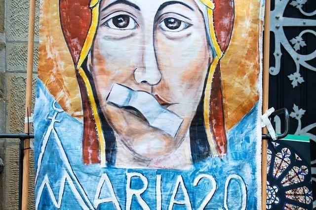 Frauen aus Heuweiler beteiligen sich am Protest gegen das Priesterinnen-Verbot