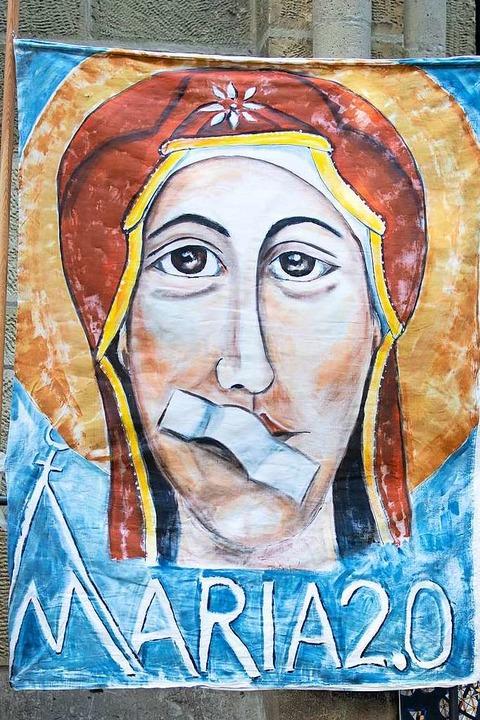 Die bundesweite Aktion Maria 2.0 riefe...eiler schlossen sich den Protesten an.  | Foto: dpa