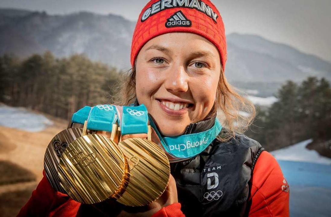 Medaillen hat Laura Dahlmeier während ihrer Karriere zuhauf gesammelt.  | Foto: sven Hoppe, Michael Kappeler/dpa
