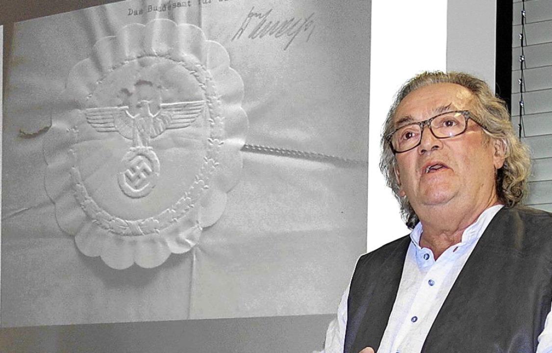 Historiker Hansjörg Noe  stellte sein ...nen Wiesental der Öffentlichkeit vor.   | Foto: Gudrun Gehr
