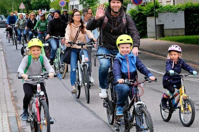 250 Parents for Future demonstrieren in Bad Krozingen für den Klimaschutz