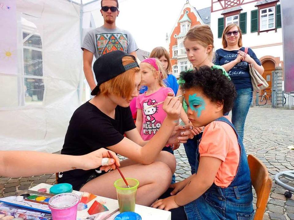 Darf beim Lahrer Kinderfest auch dieses Mal nicht fehlen: Kinderschminken.  | Foto: Werbegemeinschaft