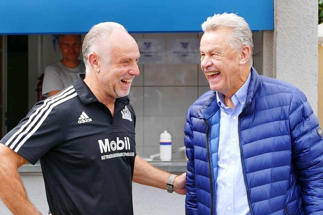 Michael Rummenigge und Ottmar Hitzfeld.  | Foto: Peter Gerigk