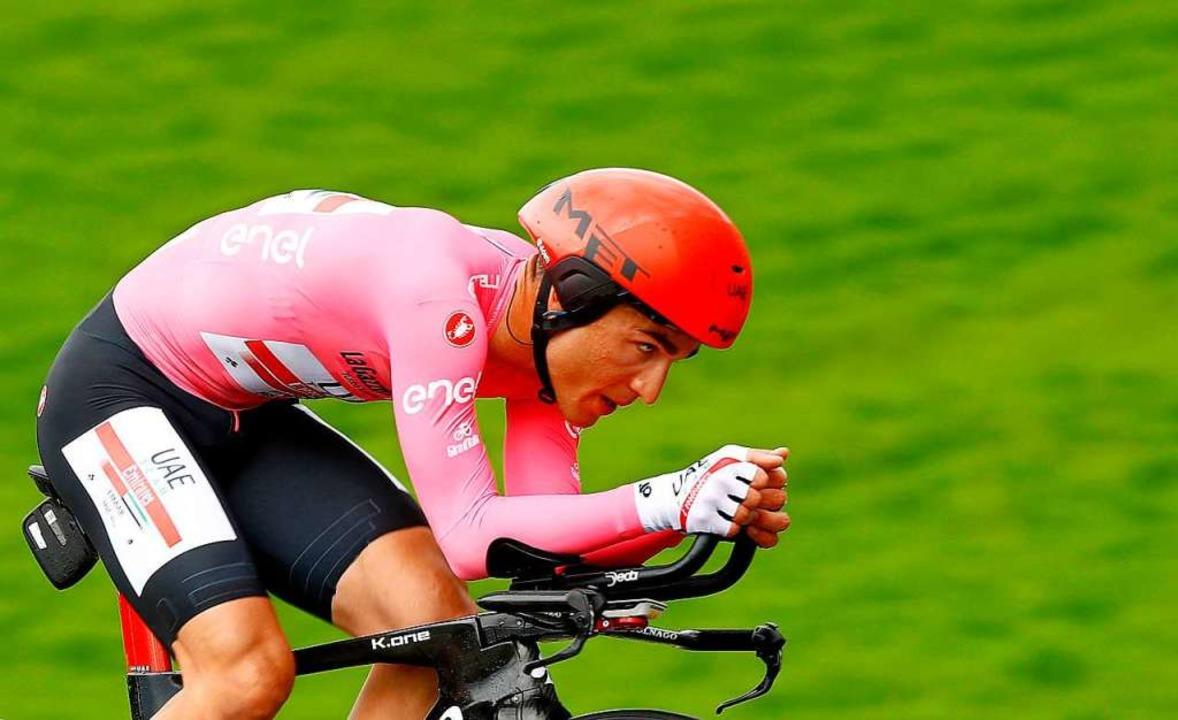 Übersteht das Zeitfahren nach San Mari...führenden: Der Italiener Valerio Conti  | Foto: LUK BENIES (AFP)