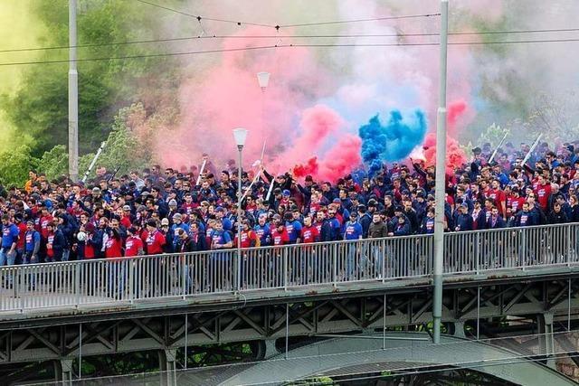 Attacken auf Polizisten und Sanitäter bei den Feiern in Basel nach dem Pokalfinale