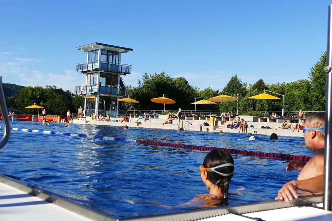 Die Freibadsaison begann am Samstag au...ten für Betreiber, meist die Kommunen.    Foto: Peter Gerigk