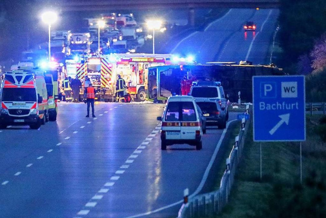 Schwerer Busunfall auf A9  | Foto: Jan Woitas (dpa)