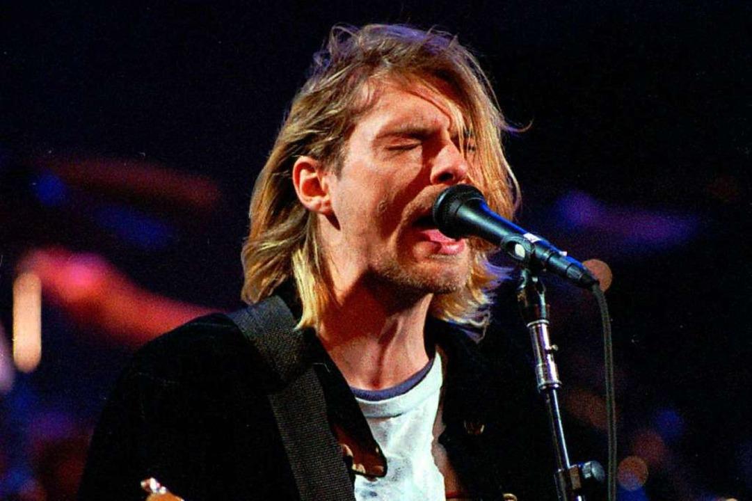 Schlug im Spaßjahrzehnt melancholische...Stilikone: Nirvana-Sänger Kurt Cobain.  | Foto: Robert Sorbo (dpa)
