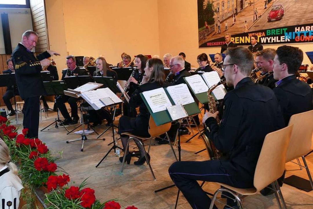 Die Knappenmusikkapelle Fieberbrunn au...elte beim Rettichfest in Öflingen auf.    Foto: Hrvoje Miloslavic