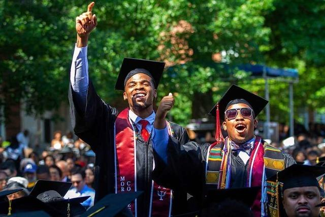 US-Milliardär will Studienschulden von 396 Uni-Absolventen abbezahlen