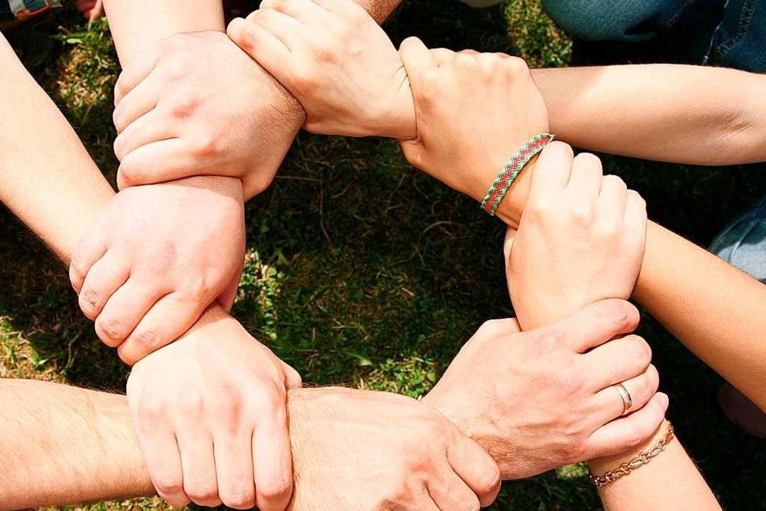 Im Zuge der Austauschwoche entstanden Freundschaften (Symbolbild).    | Foto: fotolia.com/Pavel Losevsky