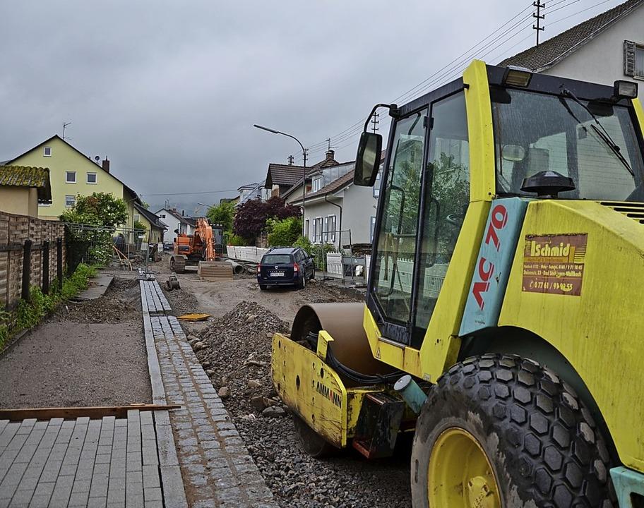 In der Breitmattstraße schreiten die Arbeiten voran.   | Foto: Erika Bader