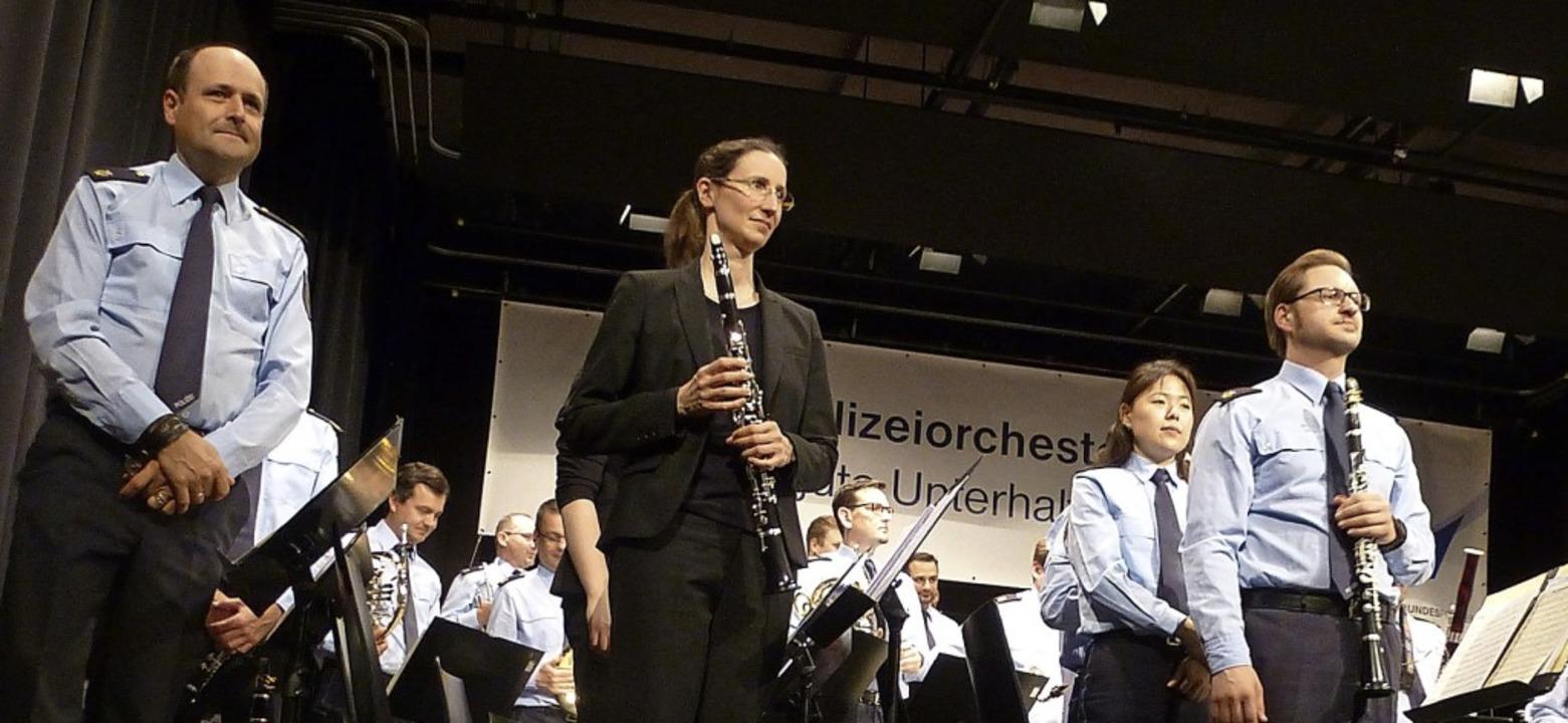 Ein anspruchsvolles Konzert bot das Bu...ten Hochschwarzwälder Blaulichttages.     Foto: Karla Scherer