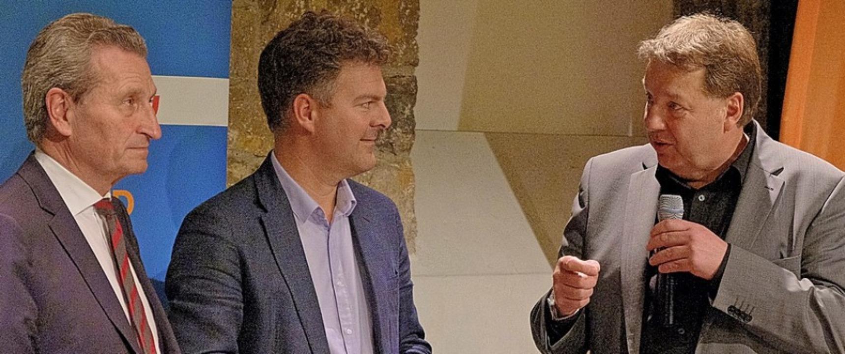Der CDU-Kreisvorsitzende Jürgen Rausch...ab und Günther Oettinger (von rechts)   | Foto: Ansgar Taschinski