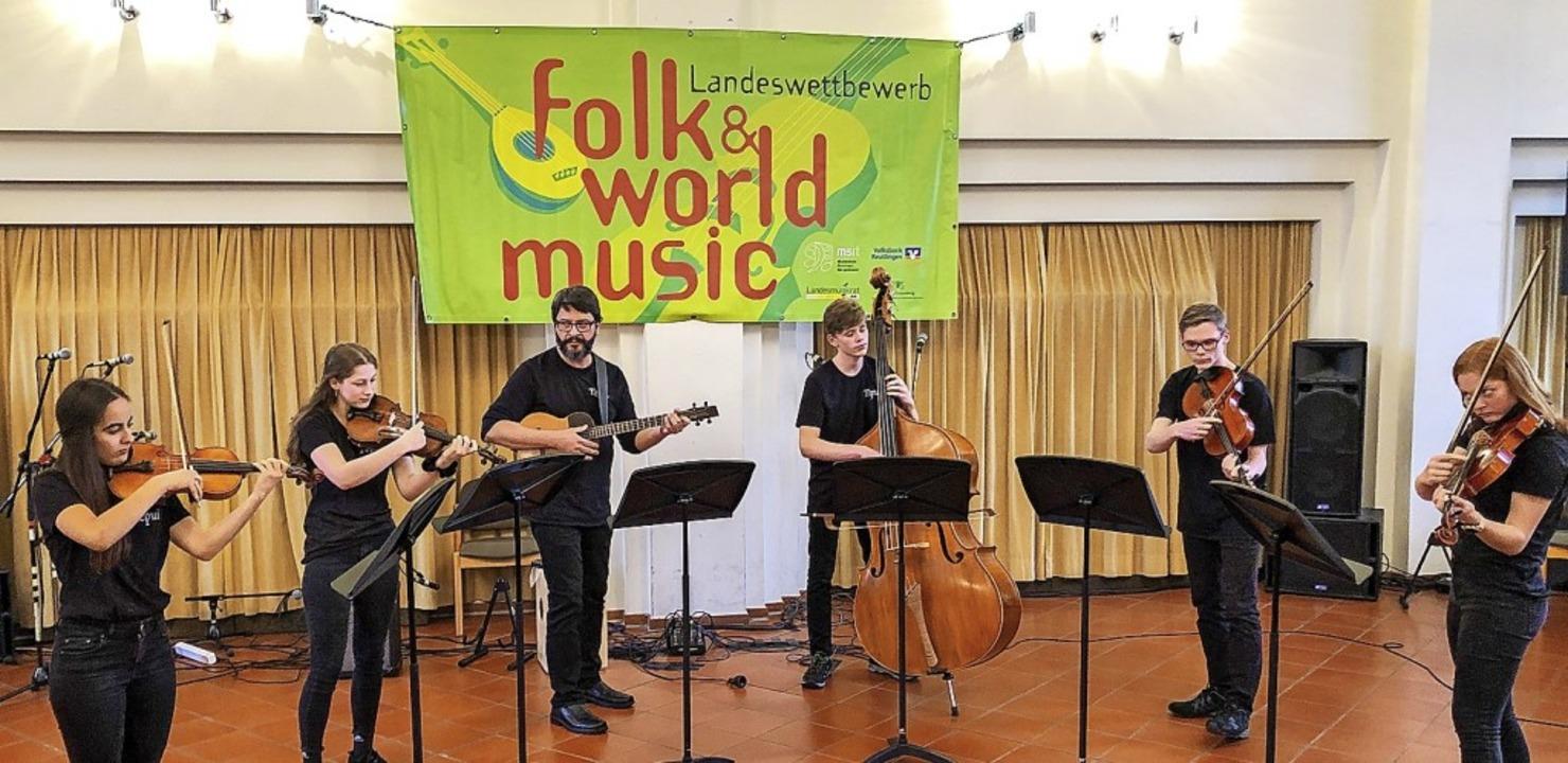 <BZ-FotoAnlauf>Musikschule:</BZ-FotoAn...folk &amp; world music in Reutlingen.     Foto: Musikschule Mittleres Wiesental